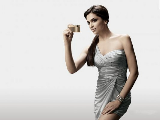 20+ Famous Deepika Padukone Wallpapers
