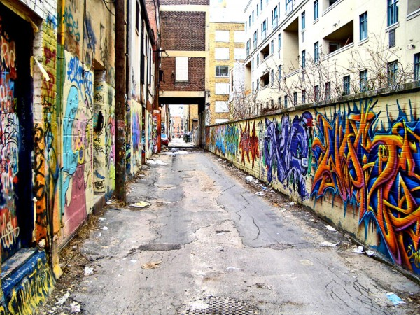 Graffiti_Alley_by_JaimeIrate