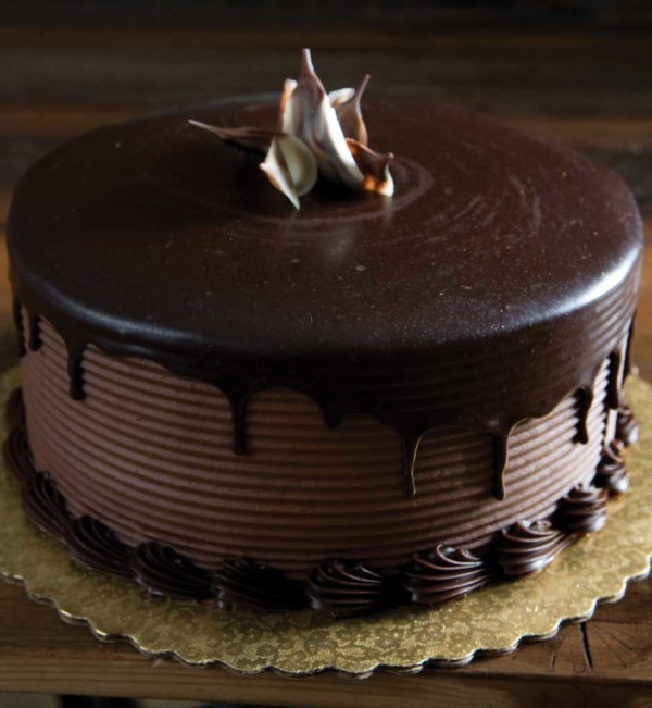 28 Yummy And Delicious Chocolate Cake Ever Themes