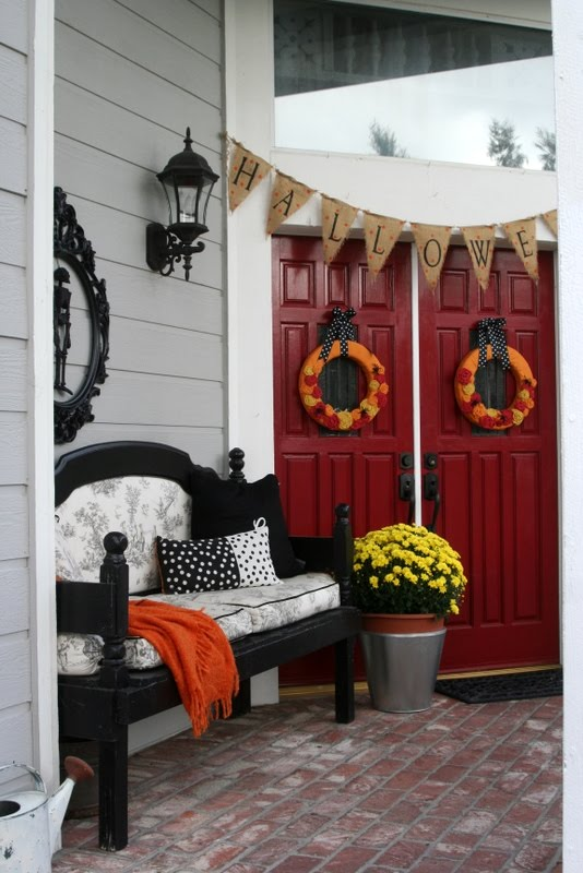 Decorating Ideas > Mysterious And Creepy Front Porch Decorating Ideas For  ~ 023923_Halloween Decorating Ideas Porch
